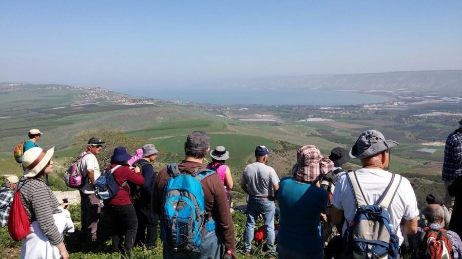 ממצפה אלות לעמק הירדן בואך בית זרע - פברואר 2016   (10 תמונות)