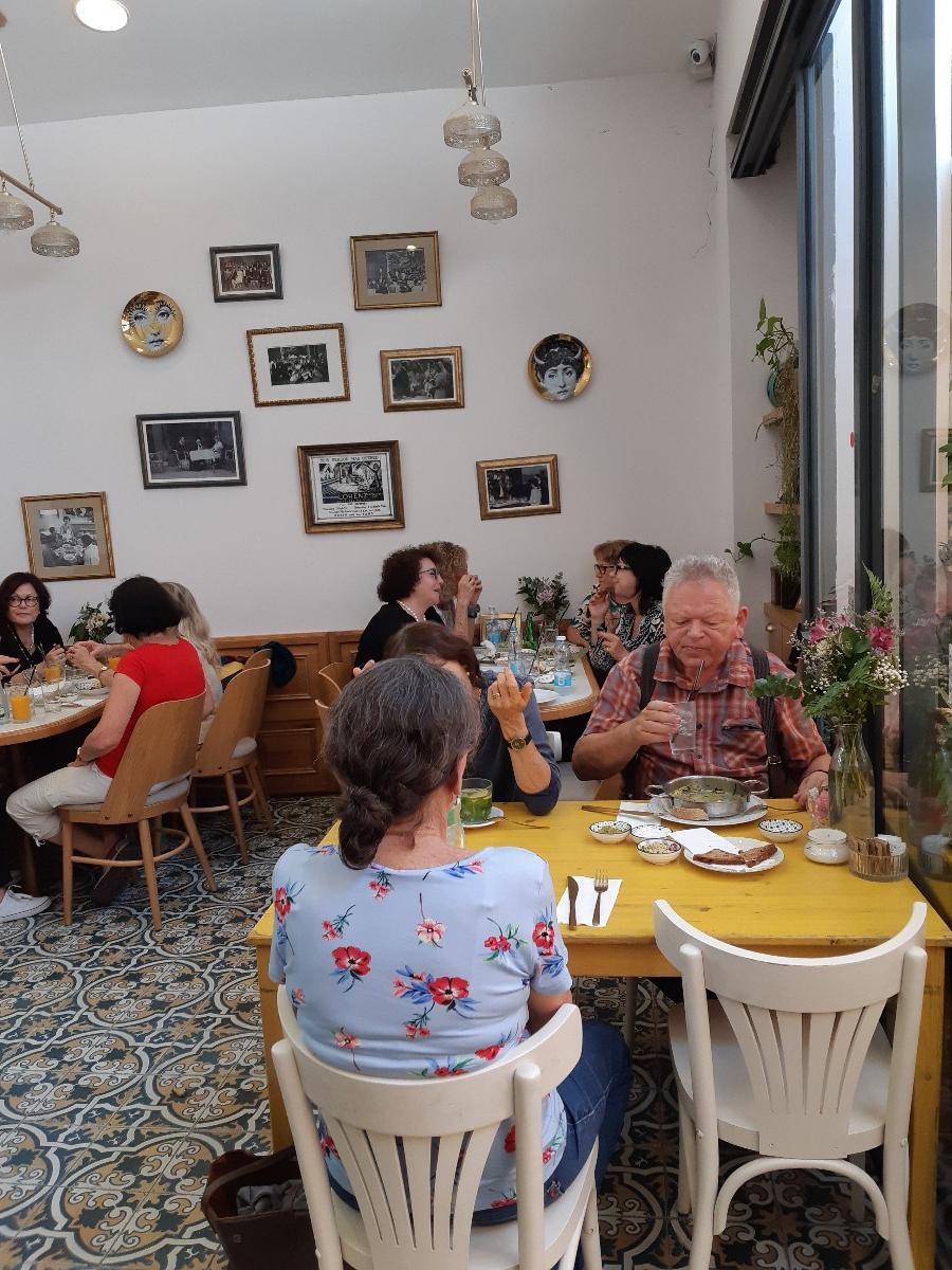 12/06/2018 סיור אומנות בתל אביב עם נועה מלמד   (23 תמונות)